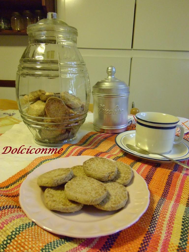 Biscottini d'avena per la colazione