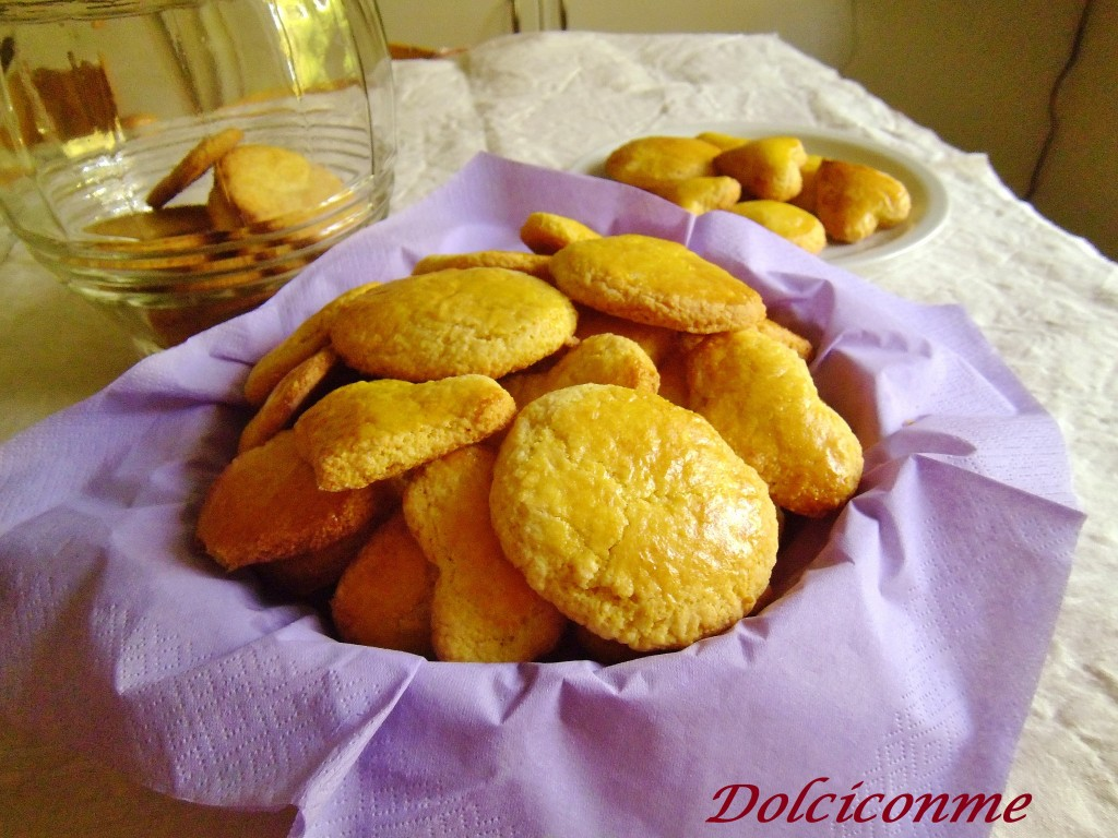 Biscotti casalinghi con polenta