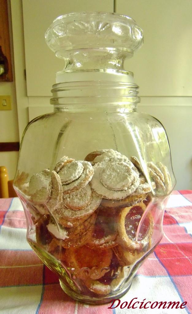 Il mio vaso pieno di biscotti di pasta frolla