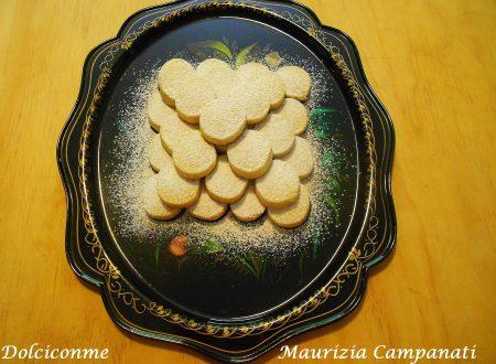 I Biscotti al limone senza uova di Maurizia. Los Pasteles de limón sin huevos de Maurizia.