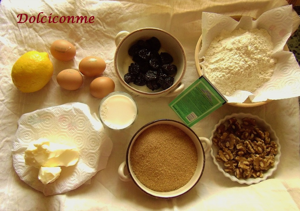 Ingredienti Torta di prugne secche e noci