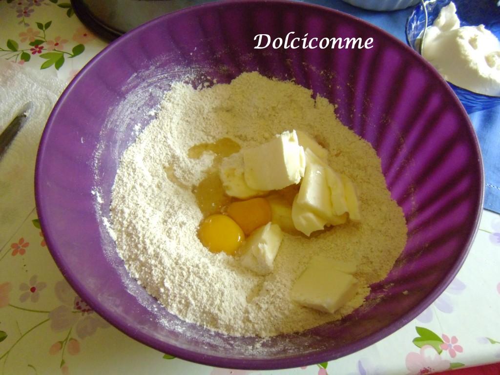 Preparazione impasto Torta di mele e ricotta