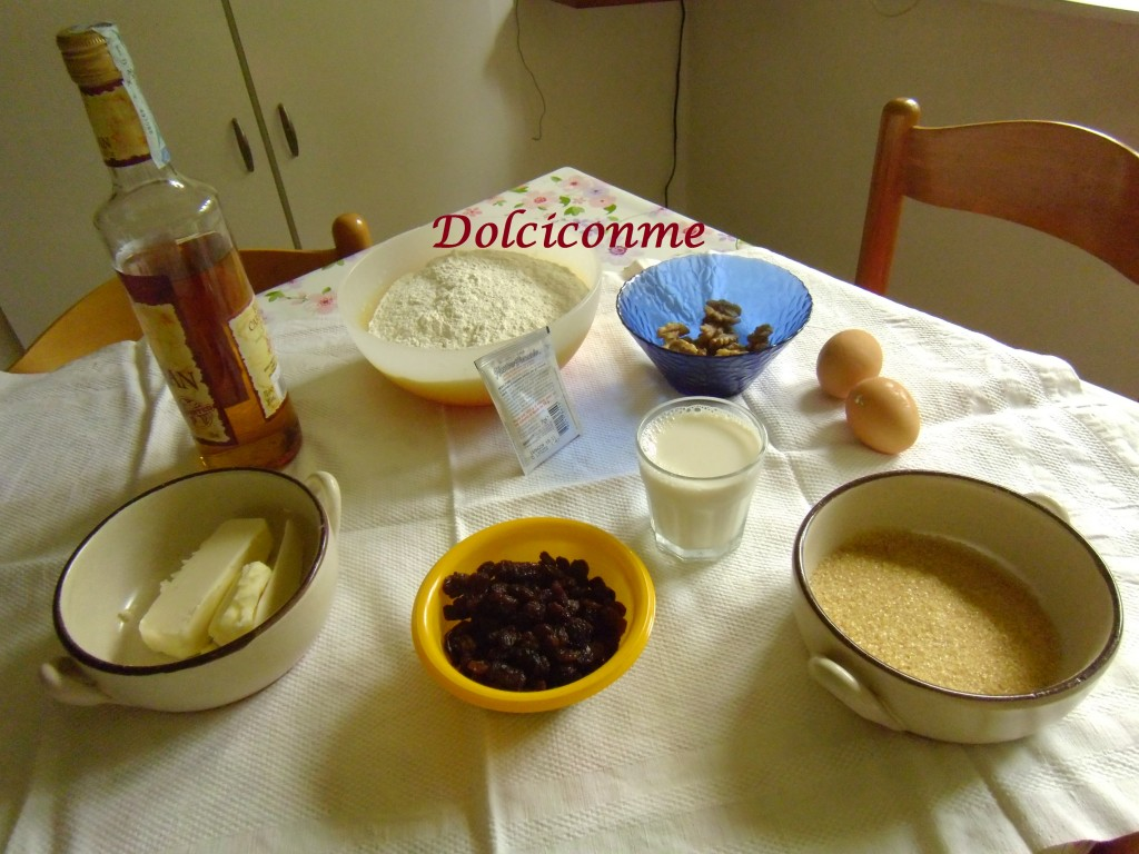 Ingredienti Babà Russo