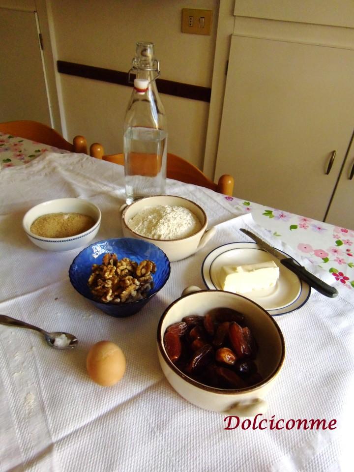 Ingredienti Pane datteri e noci
